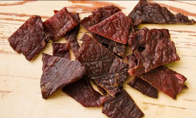 Can Dogs Eat Meat? Like Pork, Steak and Beef Jerky? Pork Rinds