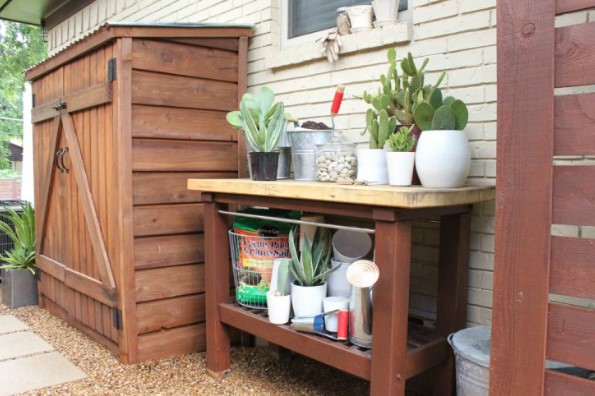 stunning wood planter bench plans #pottingbenchideas #benchdesign #pottingbench #benchideas