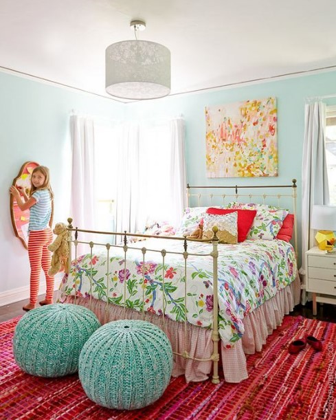 CuteTeenage Girl Bedroom Ideas   How To Make a Small Space Feel Big