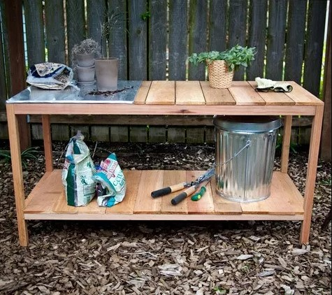 awful wooden potting table plans #pottingbenchideas #benchdesign #pottingbench #benchideas