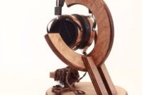 20 DIY Headphone Stand Ideas, Know the Types and Advantages then Make It Yourself