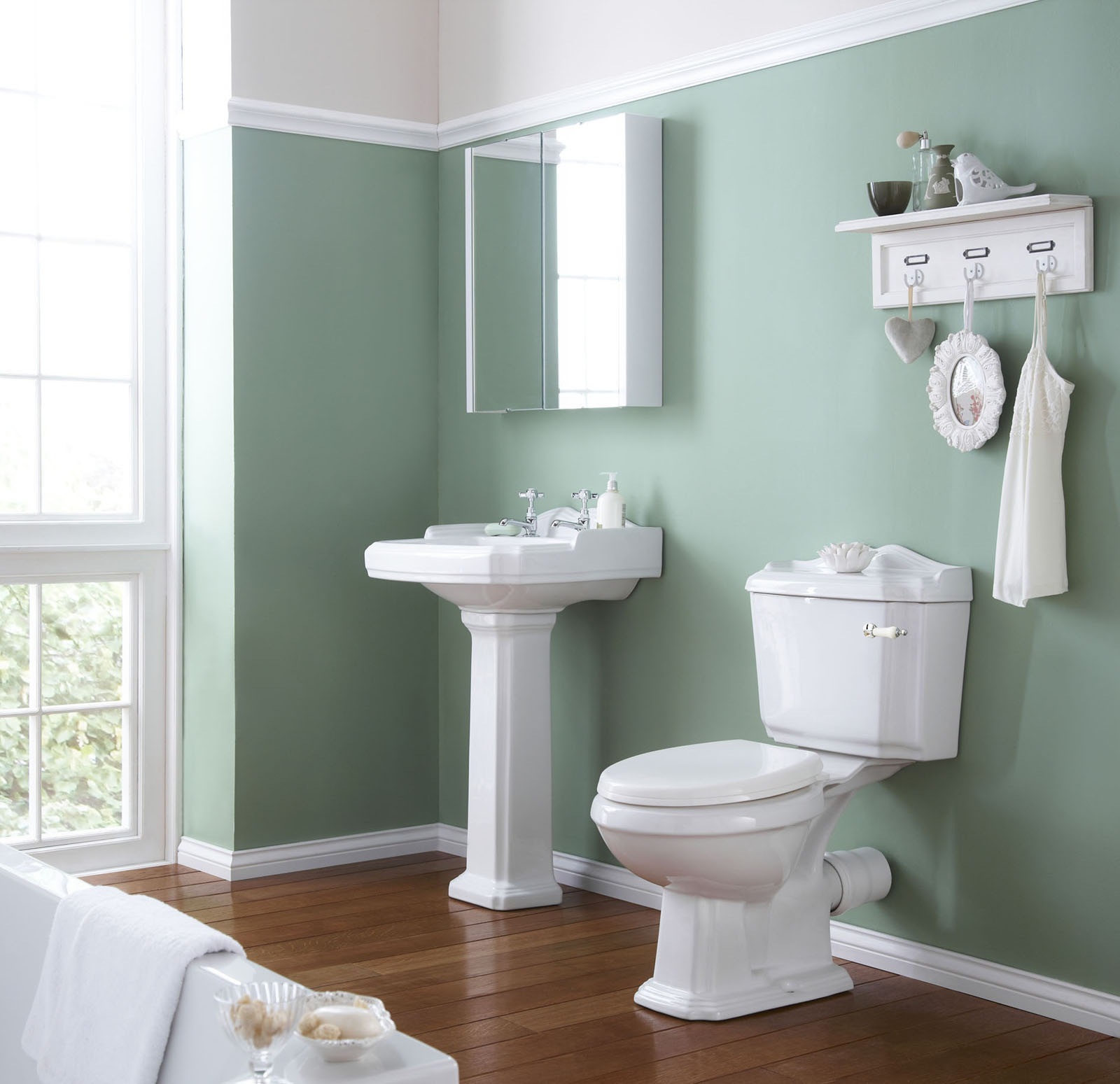 60 Bathroom Paint Color Ideas That Makes You Feel Comfortable In