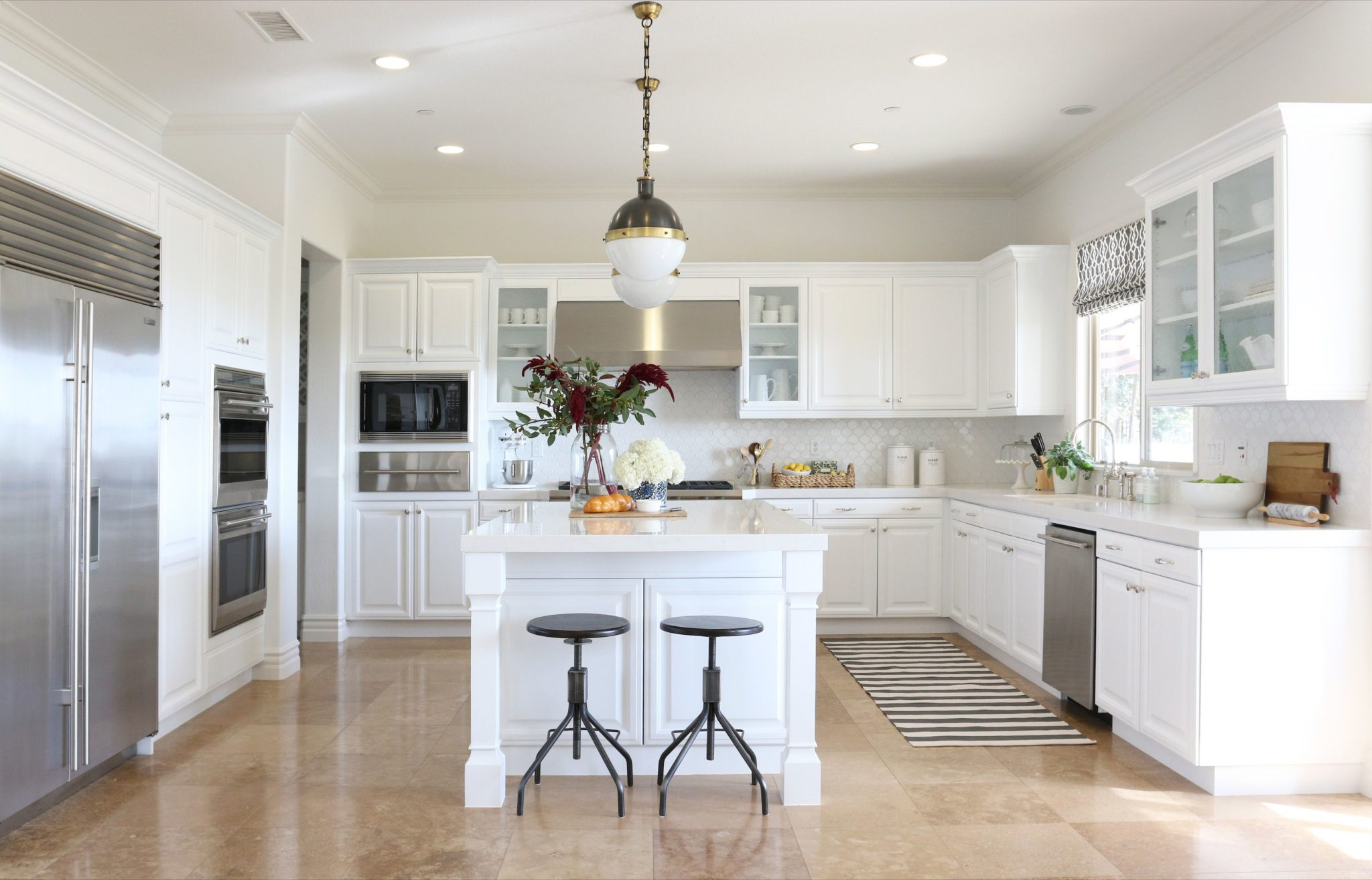 50 Best Antique White Cabinets Enhance Your Kitchen