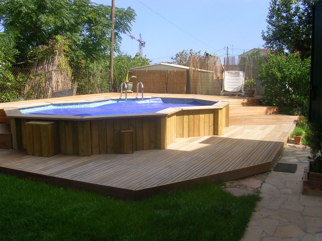 50 best above ground pools with decks - Grande piscine hors sol bois ...