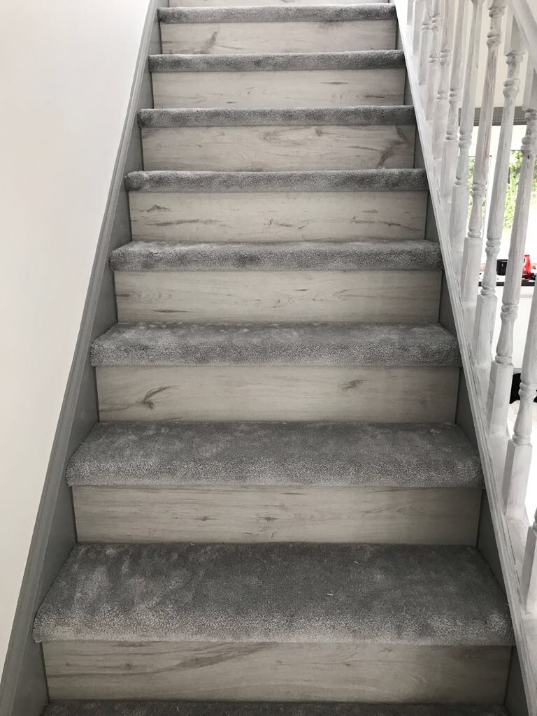 Carpet And Wood Stairs White And Grey Glitter Fit My Floor