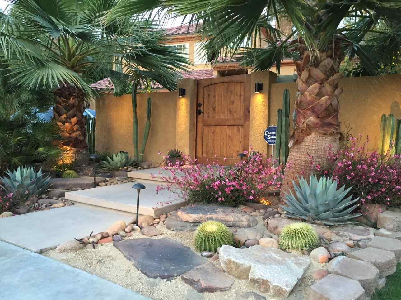 10 Stunning Desert Landscape Ideas