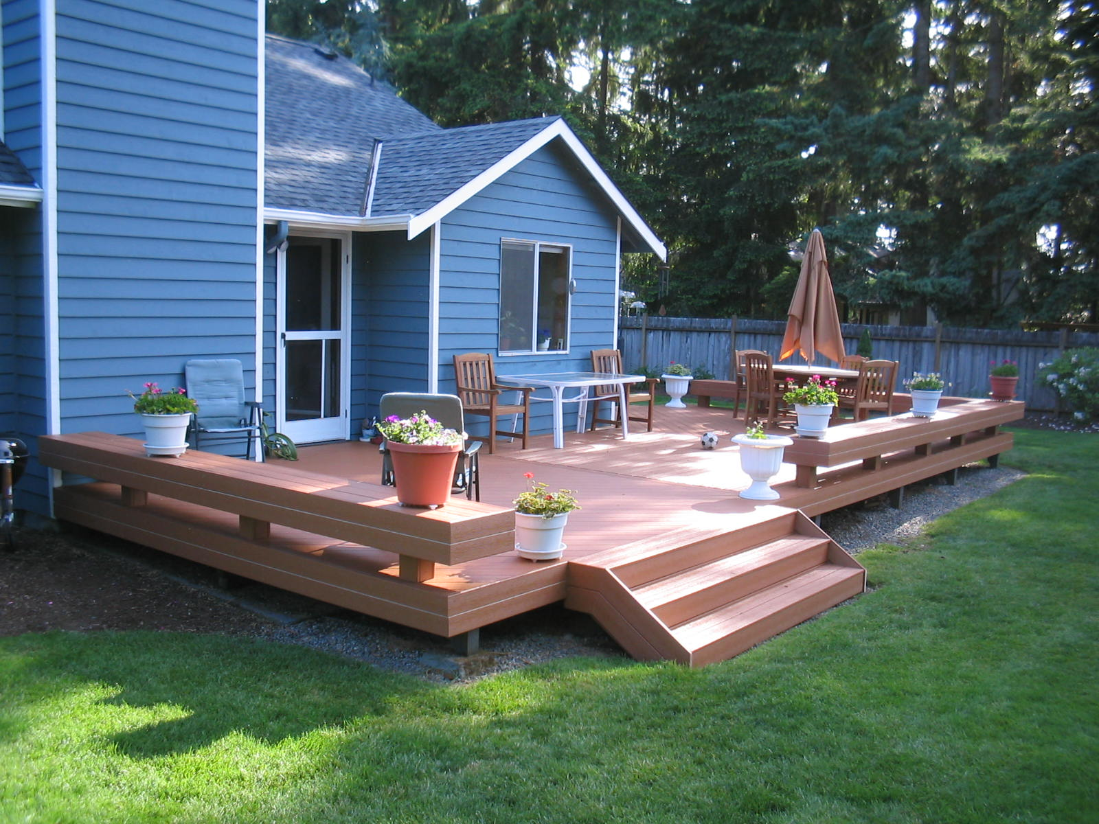 Creative Small Deck Ideas for Your Inspirations