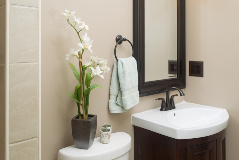 intimidating very small powder room ideas #halfbathroomideas #halfbathroom #bathroomideas #smallbathroom