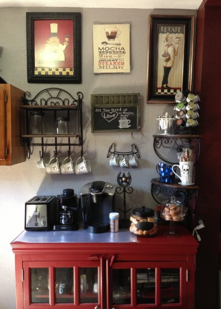 intimidating temperature controlled coffee cup #coffeebar #barideas #coffeestation #coffeebarideas