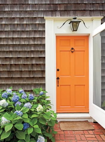 Gorgeous what color to paint front door of gray house #frontdoorcolor #frontdoorpaintcolor #paintcolor