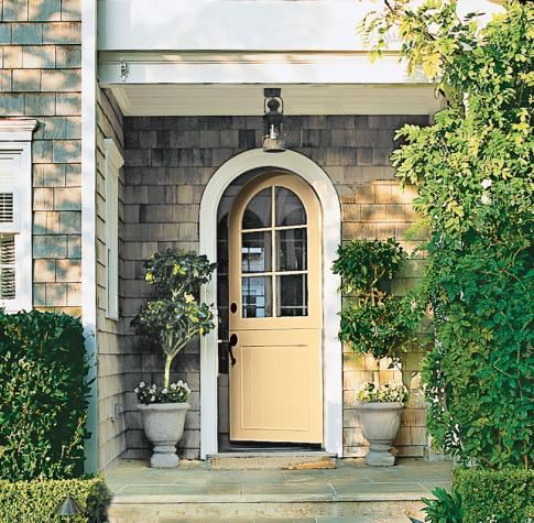 formidable what color red to paint front door #frontdoorcolor #frontdoorpaintcolor #paintcolor